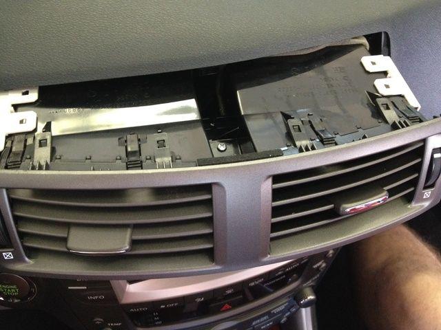 La unidad de ventilación que es sacada.