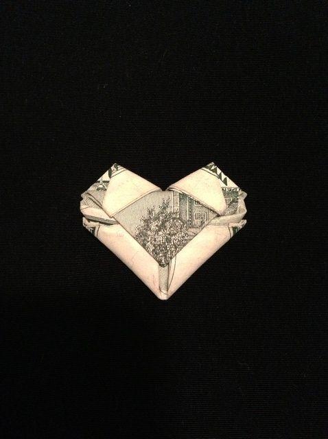 Cómo doblar una Dólar / ningún proyecto de ley en un corazón