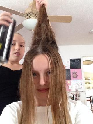 Aerosol de pelo todo lo que han tomado el pelo.