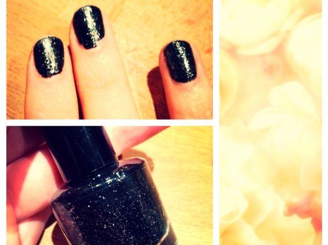 ¿Cómo deshacerse de Glitter Nail Polish