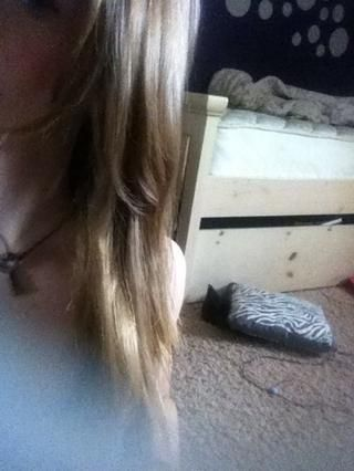 ¡Los resultados! Puede tener algunos golpes leves ondulaciones / pero aún mucho más rectos entonces mi pelo natural!