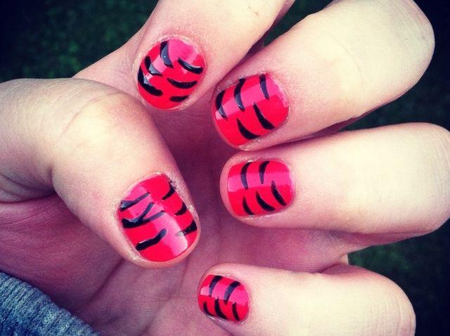 Cómo obtener Tiger Nails
