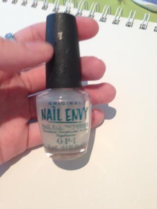 Ahora's time to polish! Apply a base coat. I use OPI nail envy.