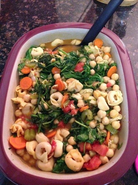 Cómo italiana Receta Tortellini y espinacas sopa