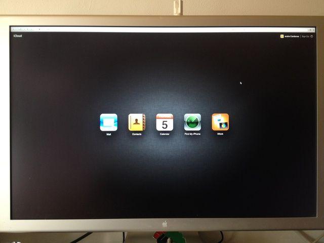 También puede localizar el dispositivo con cualquier ordenador conectado a Internet. Sólo tienes que ir a iCloud.com sesión con tu ID de Apple y haga clic en encontrar mi iPhone !!! Disfrutar