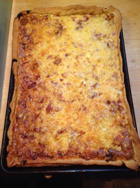 Cómo hacer un tocino y queso Quiche Receta