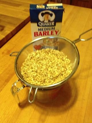 Asegúrese de enjuagar bien la cebada seca