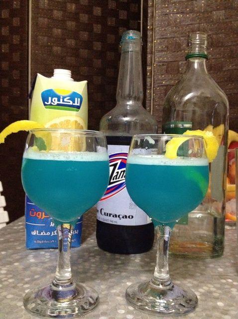 Cómo hacer un cóctel de recetas Azul Canarias