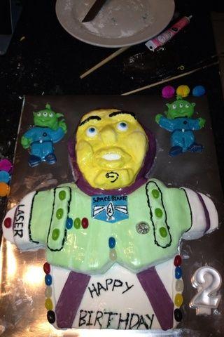 Utilice Caramelos decorar el pastel recordando dos no tienen que ser perfectos niños les encanta la manera es