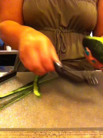 Pelar el pepino