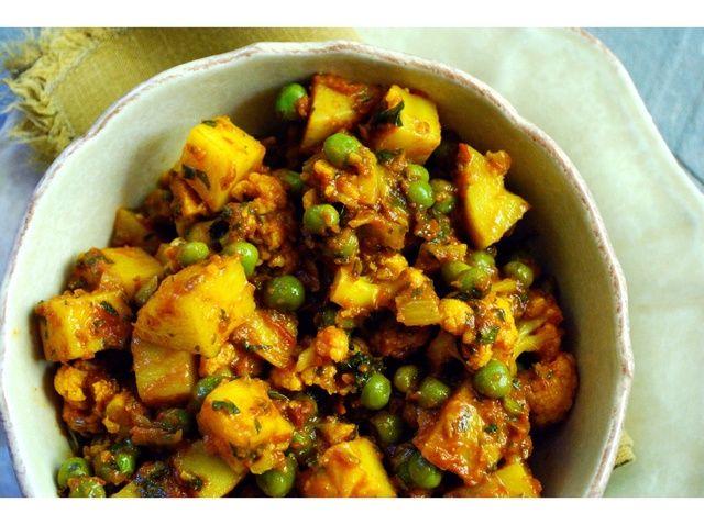 Cómo hacer un coliflor y patata al curry (Aloo Gobi) Receta