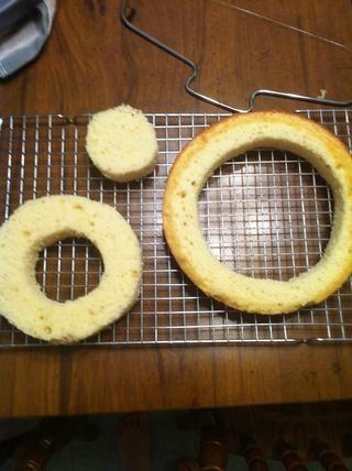 Para cada pastel, usted tendrá 3 círculos.