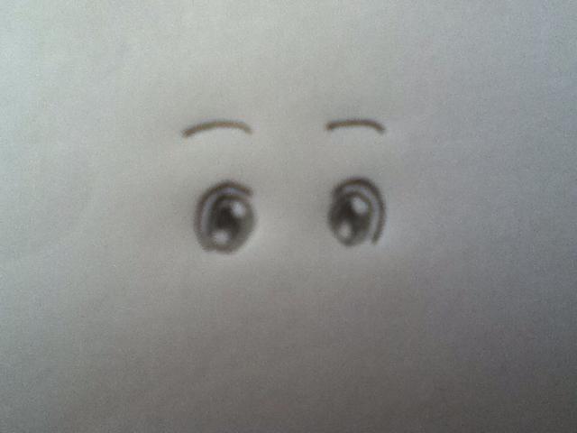 Coloque las cejas sobre los ojos otra altura hasta.