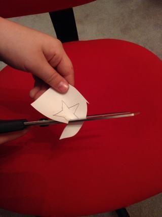 Ahora en cualquier otro documento técnico que haya, dibujar y recortar una estrella