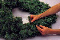 Forma la corona tirando y esponjar las ramas.