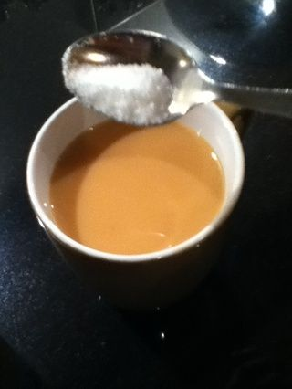 Si usted encuentra que usted ISN té't sweet enough you can add teaspoons of sugar to it.