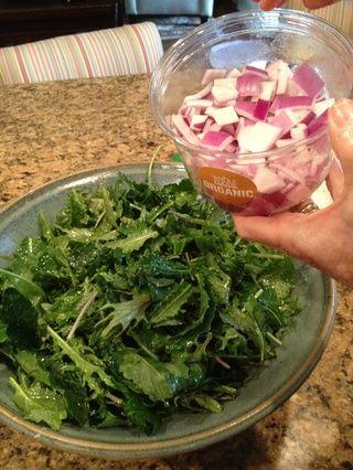 Añadir media taza de cebolla.