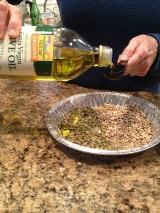 Añadir 1 cucharada de aceite de oliva virgen extra.