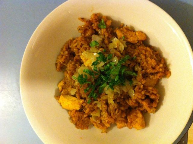 Cómo hacer un tipo diferente de la receta de pollo frito arroz