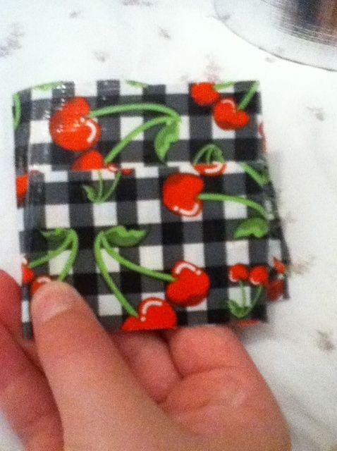 Cómo hacer un Monedero Duct Tape !!