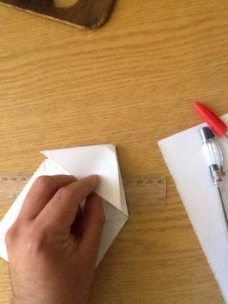Si lo hizo el paso anterior correctamente .. Se le han convertido en uno de los cuadrados en un triángulo ..