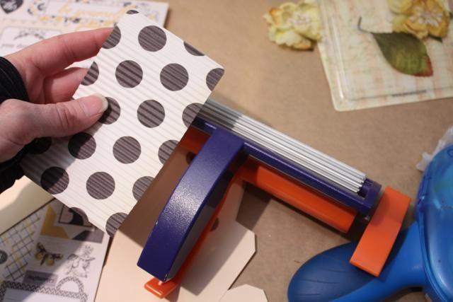 Para publicidad cierta profundidad y textura que utilizan una herramienta Fiskars Corrugator