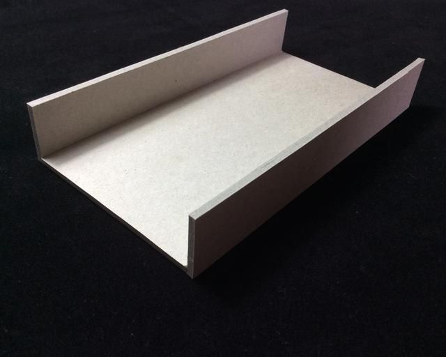 Aplique cinta SCOR 8.1 pulgadas con lados largos de la tapa superior y pulir, entonces adherirse paredes tapa largos para SCOR cinta de pulir bien para una buena adhesión.