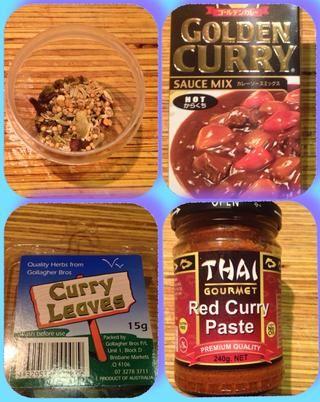 De arriba a la izquierda. Especias en vinagre, mezcla de oro salsa de curry, hojas de curry, pasta de curry rojo