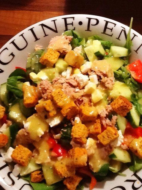 Cómo hacer una ensalada sana y abundante con Receta Vestidor