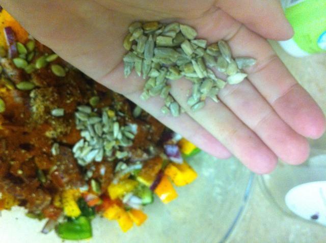 Añadir las semillas de girasol (sin sal !!!)