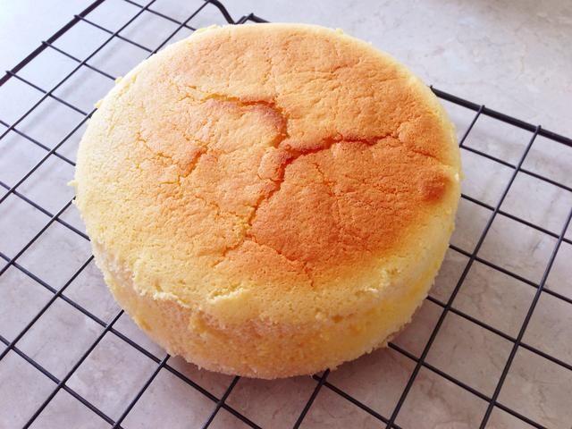 Disfrute de su deliciosa suave y esponjoso pastel de queso japonés!