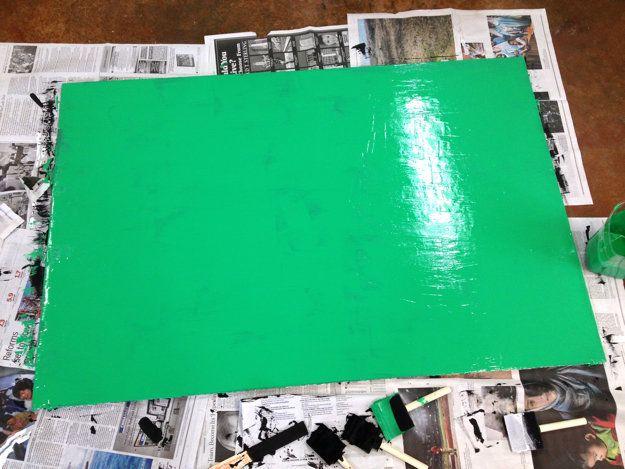 Dejar secar y aplicar una segunda capa de pintura de pizarra si es necesario. (Necesitábamos!)
