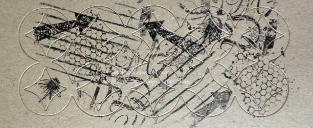 Sello imágenes aleatorias del Diario de Arte con el sello de Terri Sproul establecer con tinta negro StazOn. Parece un poco un lío, pero espera.