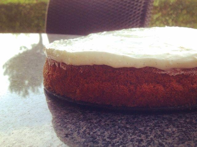 Cómo hacer un húmedo pastel de zanahoria con crema Topping Queso Receta