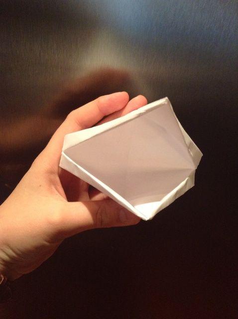 Cómo hacer un pico de papel