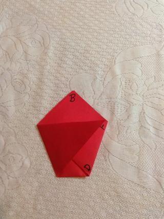 Doble A al punto F. Ahora debería ver cuatro triángulos. Si no, vuelva a dos pasos.