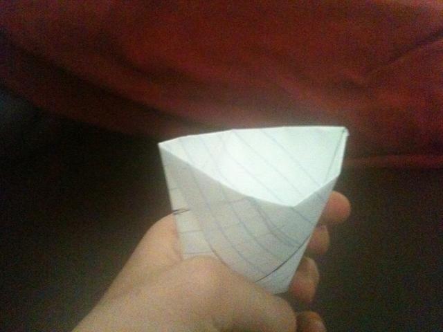 Abra yu tener su vaso de papel!