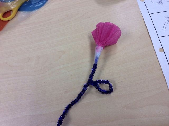 Cómo hacer un fuera Rosa de Papel Tissue