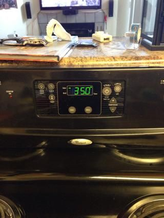 Una vez finalizada la 25 minutos, bajar la temperatura a 350 grados Fahrenheit.