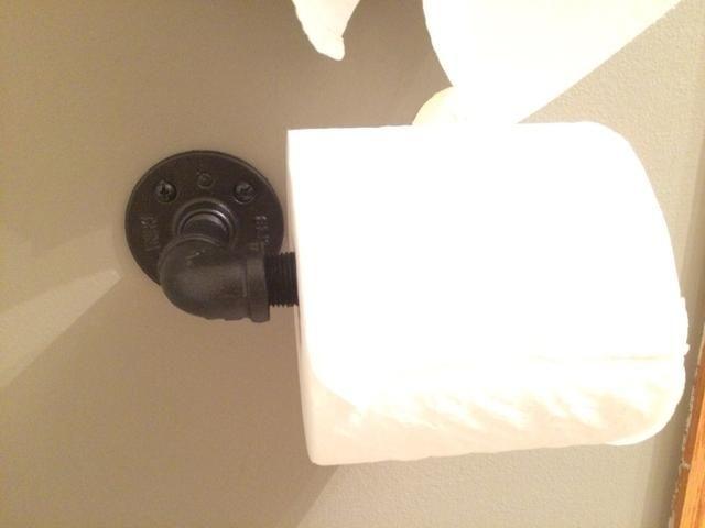 Agregue su rollo de papel higiénico y usted're done!