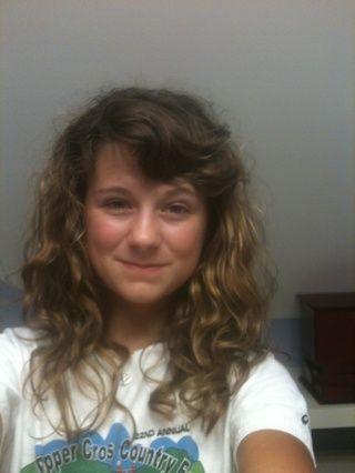 Aquí está mi resultado final! Puede funcionar de forma diferente a otros tipos de cabello (como se puede ver mi cabello es muy ondulado / rizado !!) sólo agitar antes de usar! Y registrar sus mediciones que trabajan para usted !!