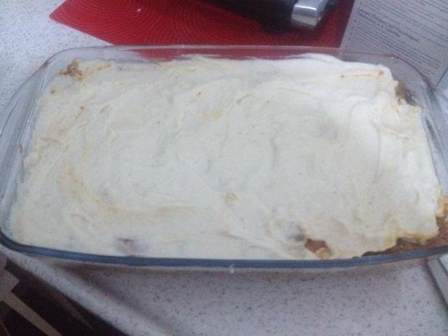 Aquí puede añadir cualquier coberturas adicionales como: * queso rallado * nachos desmenuzado y queso cheddar rallado para un topping crujiente * Pepperoni (realmente sabrosos en la parte superior) * verduras