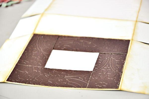 Así es como me reuní las tiras en relieve de papel de tarjetas.