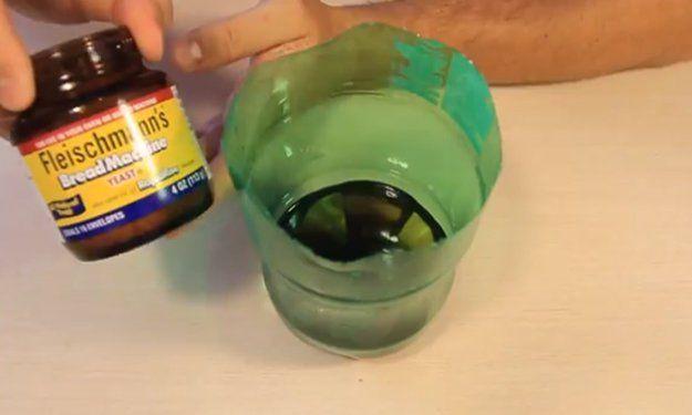 Cómo hacer un simple trampa casera Mosquito Con Cut Botellas