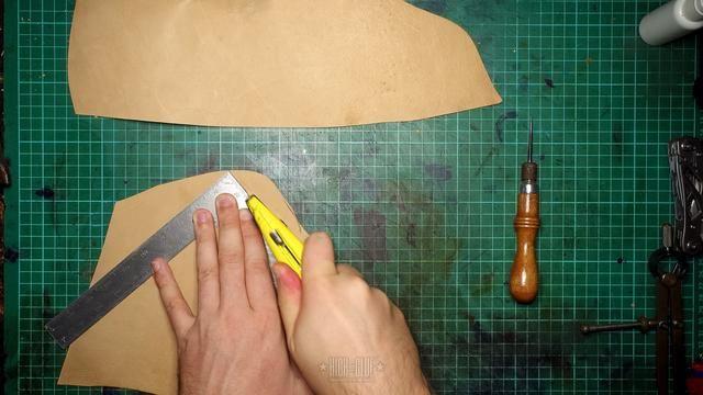 Cortar las piezas con un cuchillo afilado.