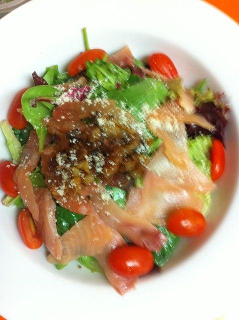 Cómo hacer un salmón ahumado Ensalada Receta