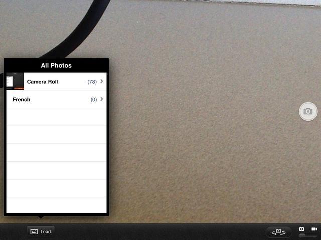 Usted puede tomar una foto o añadir fotos desde el rollo de la cámara en su dispositivo Apple