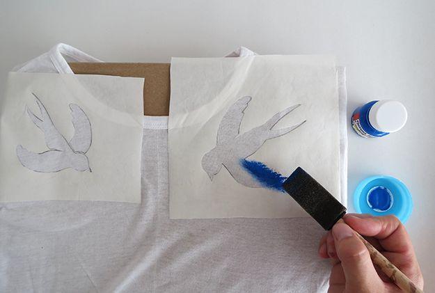 Cómo hacer un estarcido camiseta | Diseñe su propia camiseta