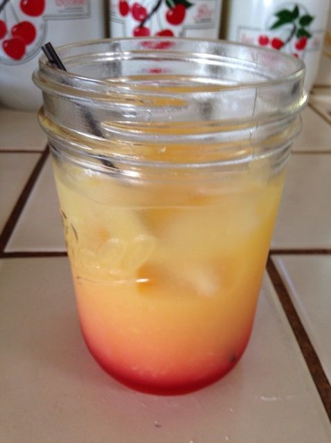 Cómo hacer una Receta Tequila Sunrise