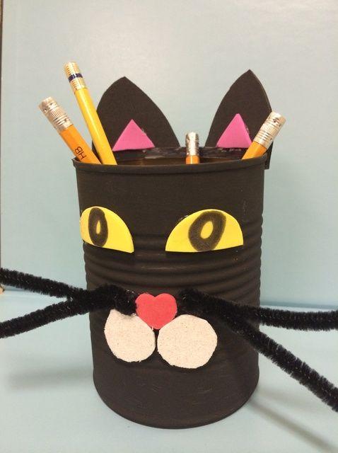 Cómo hacer un Tin Can Gato Negro